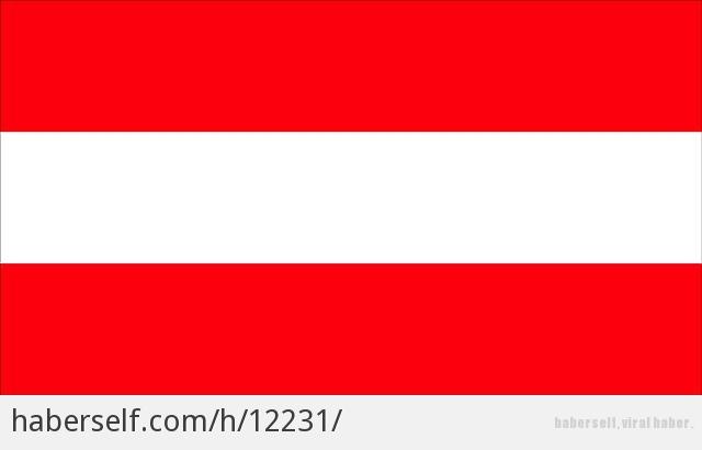 Kırmızı, beyaz, mavi. Bayrağı çok güzel olan